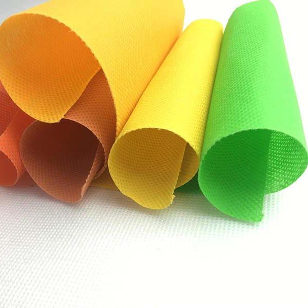 Нетканый текстильный материал